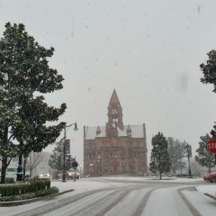 Courthouse Opens at 10 a.m. Tuesday Due to Weather Conditions