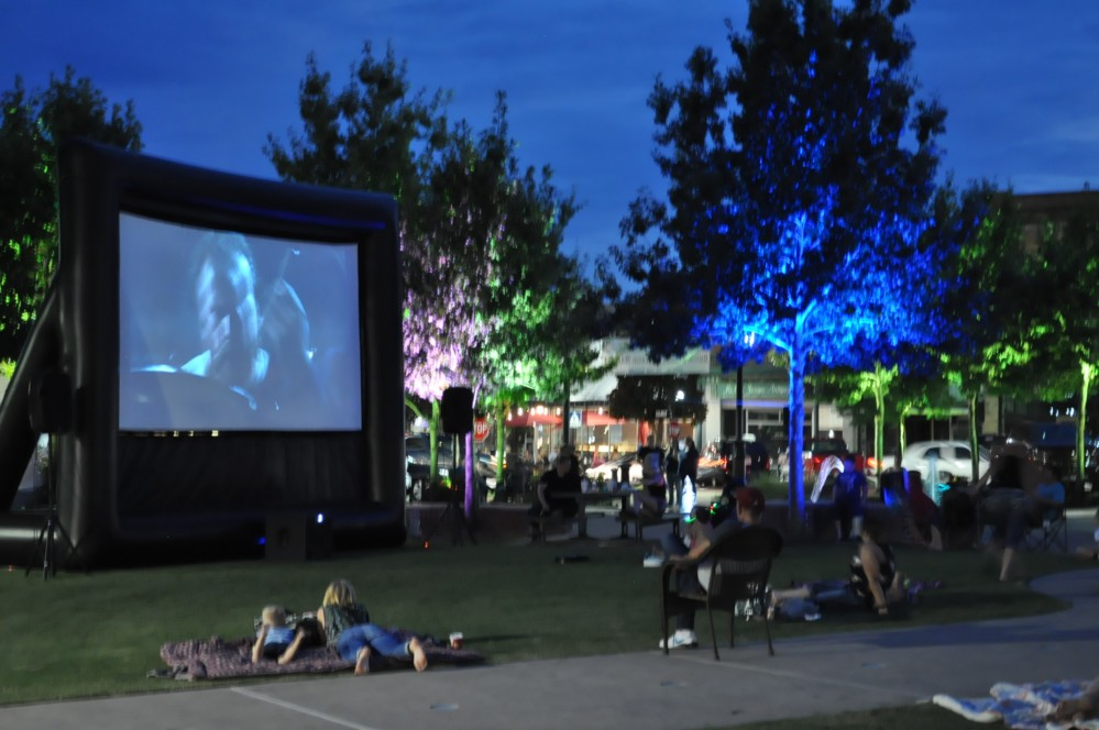 Movie on the Square8