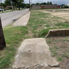 City Considering Pursuing Grant To Repair, Add New Sidewalks On Oak Avenue